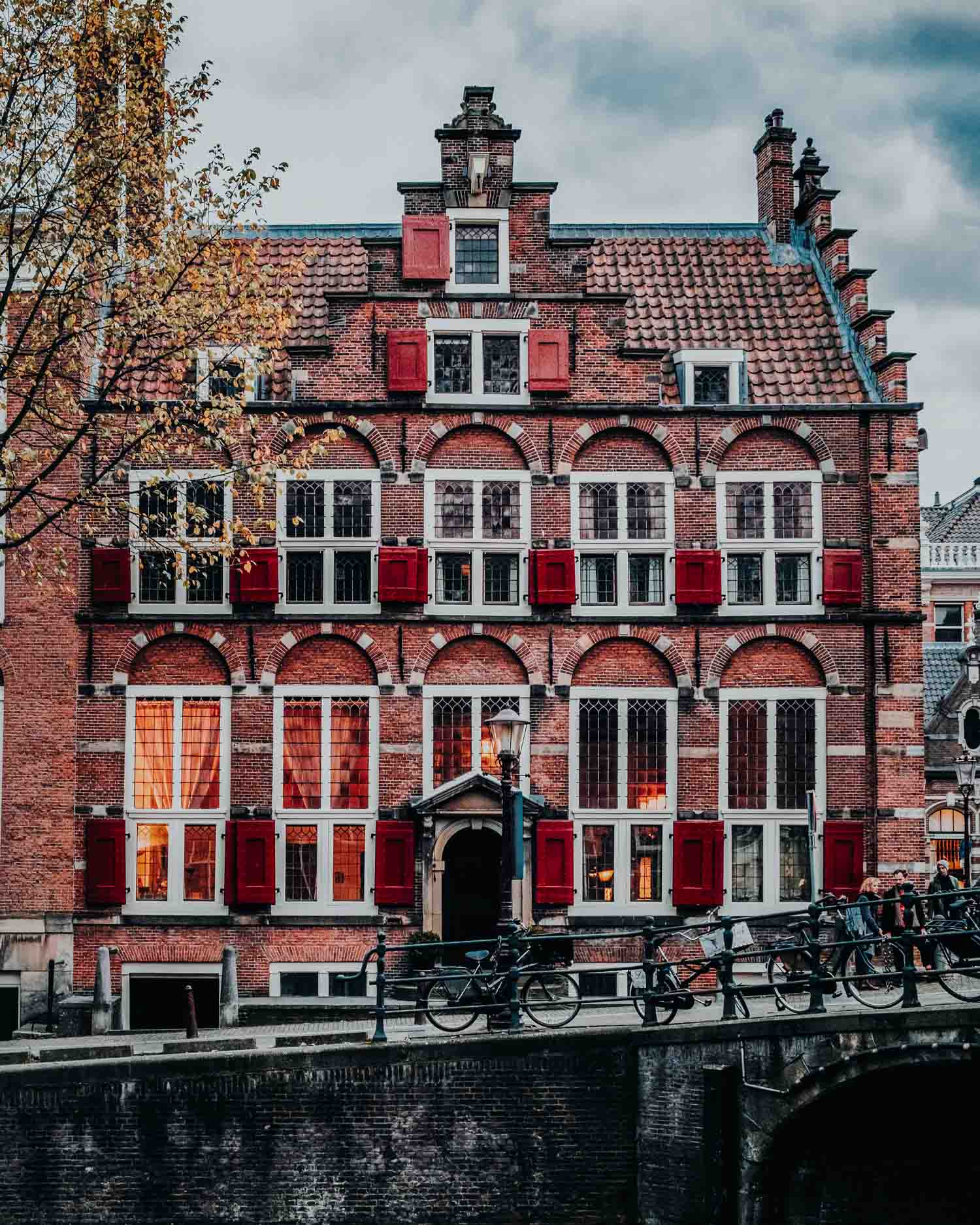 coffeeshops in amsterdam-1