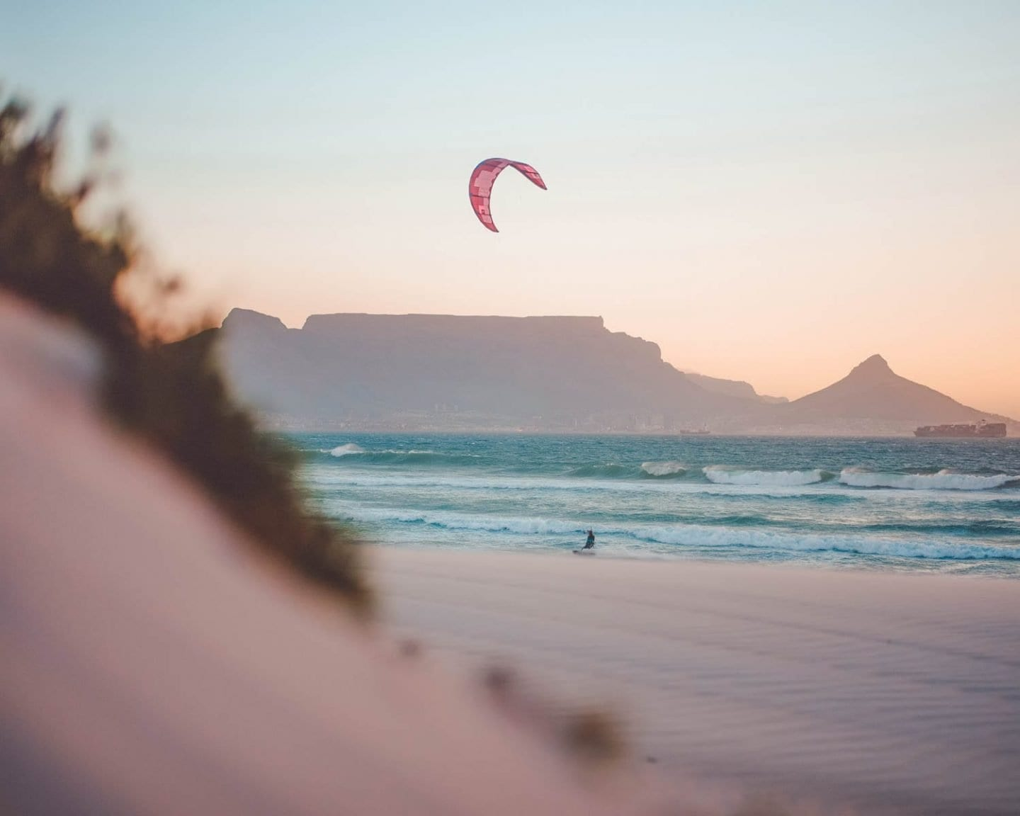 kite surfing in cape town