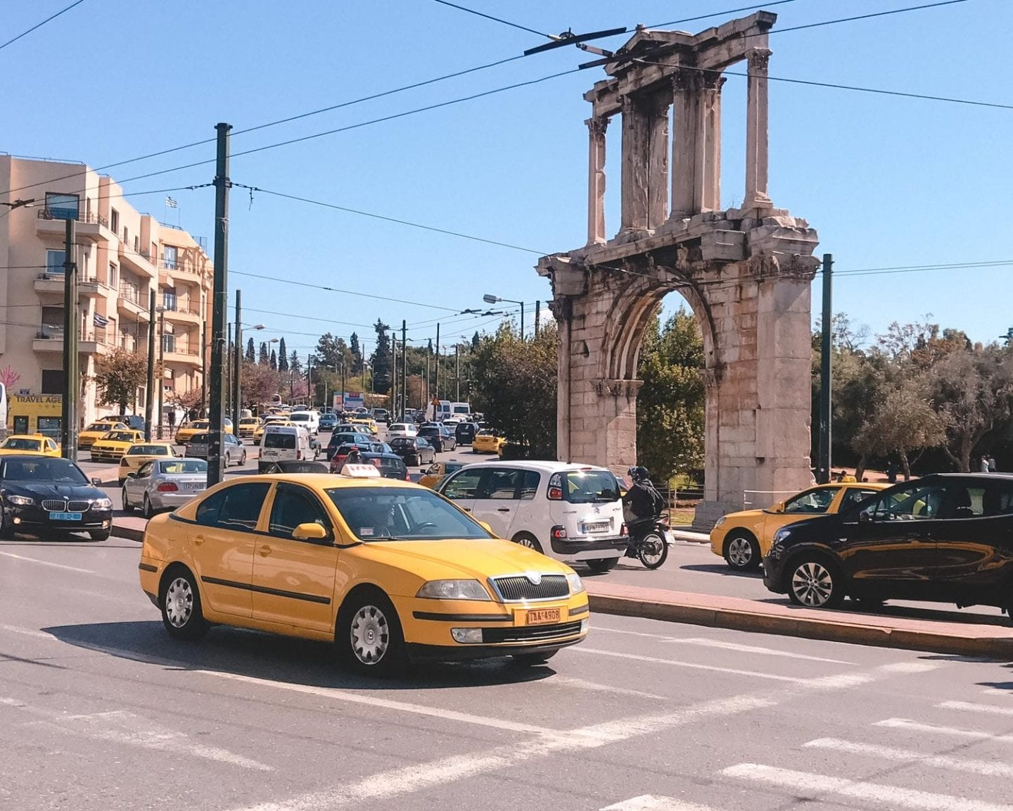 taxi in athens