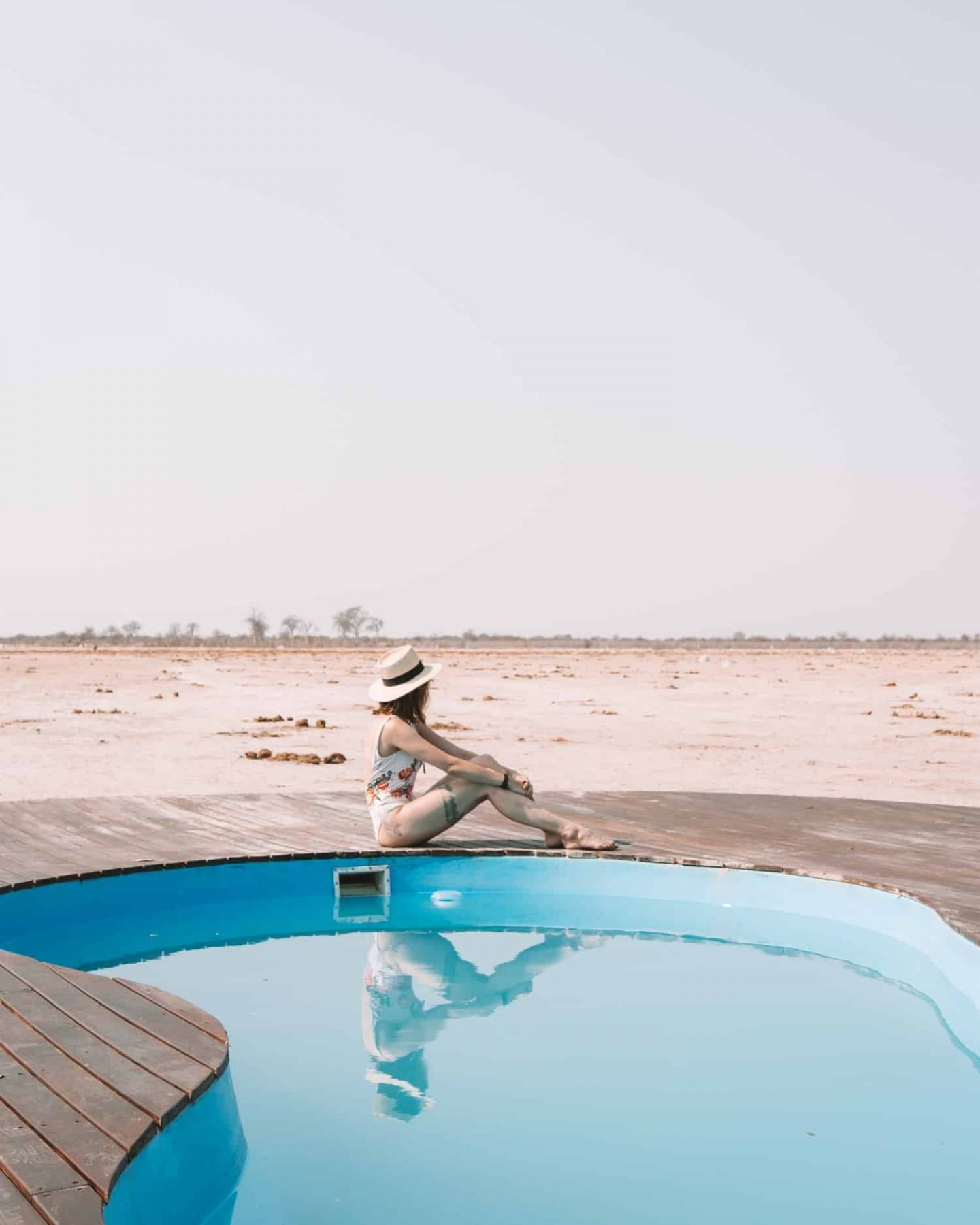 girl by pool in nxai pan